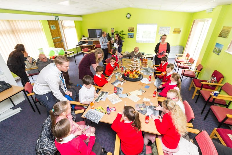 Prescot's Evelyn Road Primary School attended a reminiscence event hosted by KHT