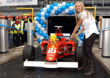 Jennifer_ellison_opens_new_whiston_hospi